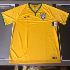 NWT OFFICIAL Nike Brazil Mens Soccer Jersey L RARE
